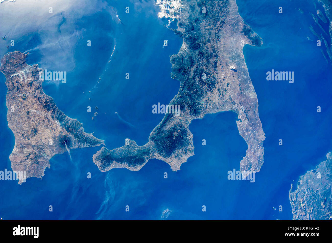 Cartina Sicilia Satellite.Satellite View Sicily High Resolution Stock Photography And Images Alamy