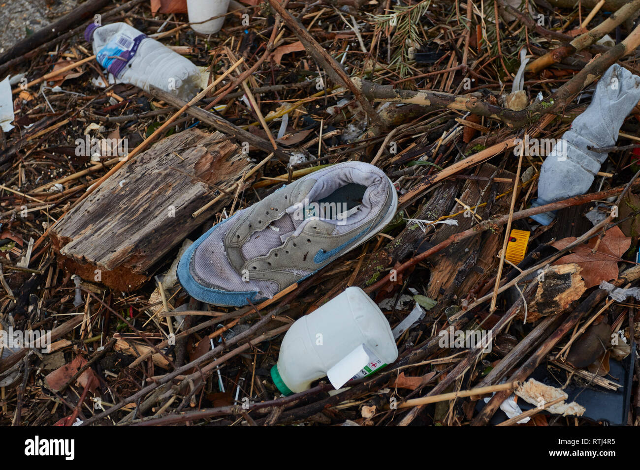 Plastic environmental waste along the Thames in London, England, United Kingdom, Europe - Stock Image