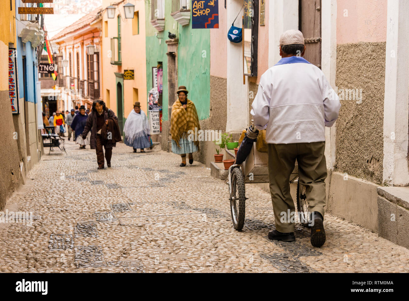 Jaen Street (Calle Jaén) Representing historic La Paz is a quaint, cobble-stoned street, home to a range of museums, shops, bars and restaurants. Char - Stock Image