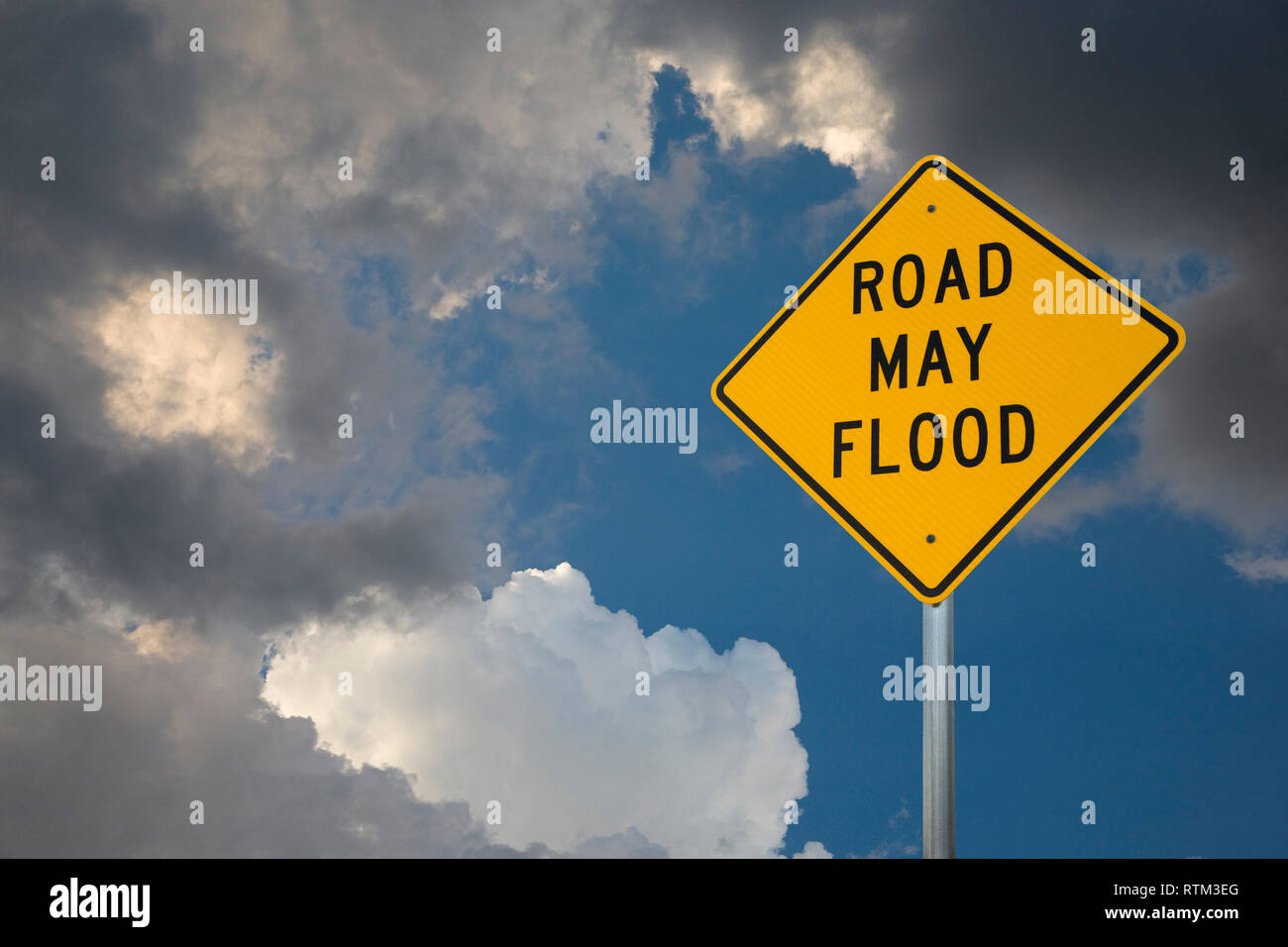 ROAD MAY FLOOD - Stock Image