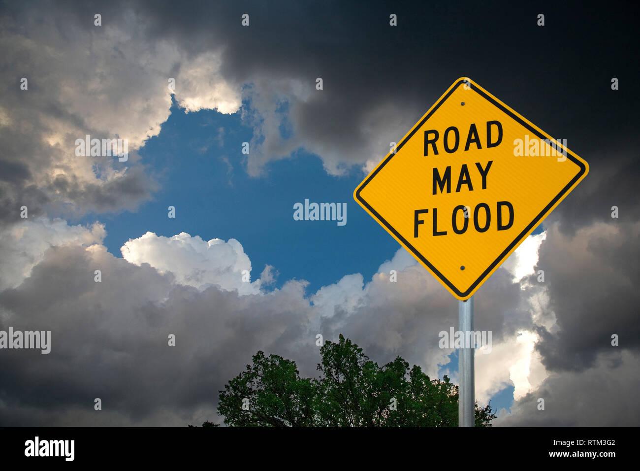 ROAD MAY FLOOD - Stock Image