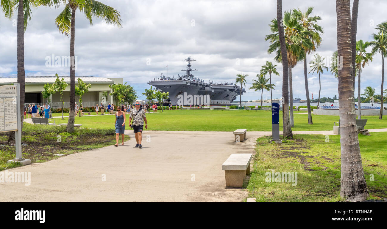 The USS John C. Stennis on August 5, 2016 in Pearl Harbor, USA. The John C. Stennis is a Nimitz class nuclear powered aircraft carrier. - Stock Image