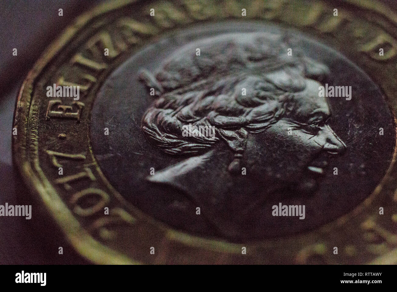 Very close up, photo, of pound coin, with, Queens,head, macro, photography, English, - Stock Image