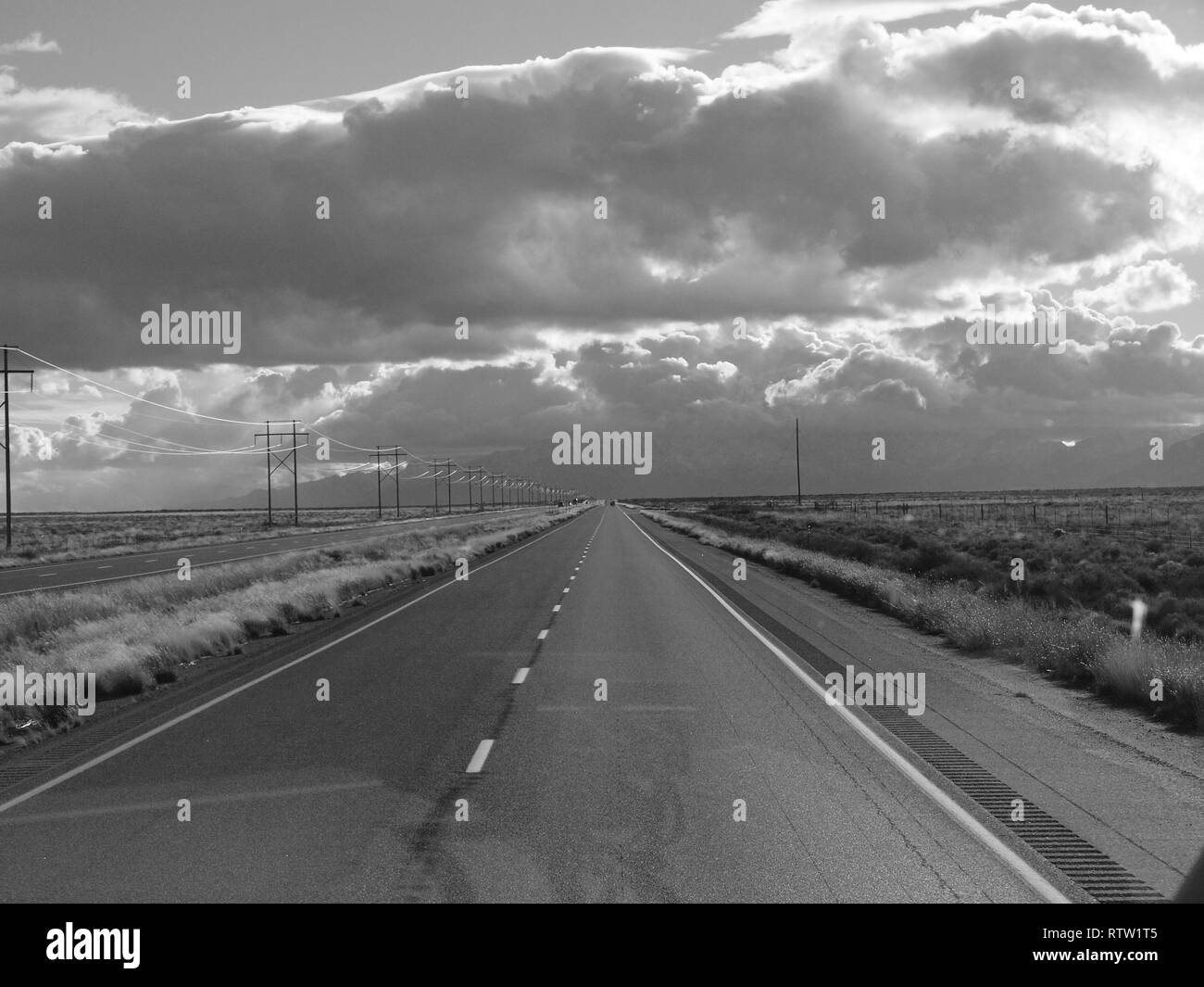 US 70 highway south in eastern New Mexico. - Stock Image