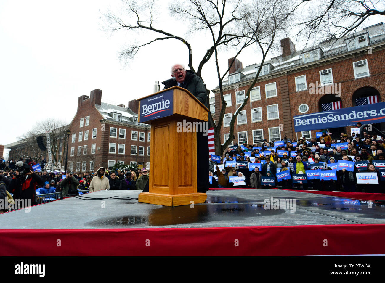 New York, NY, USA. 2nd March, 2019. Bernie Sanders, Independent US Senator from Vermont speaks on stage as he kicks-off his campaign for the 2020 U.S. Presidential Elections on a Democratic ticket at a rally at Brooklyn College, in Brooklyn, NY on March 2, 2019. Credit: OOgImages/Alamy Live News - Stock Image