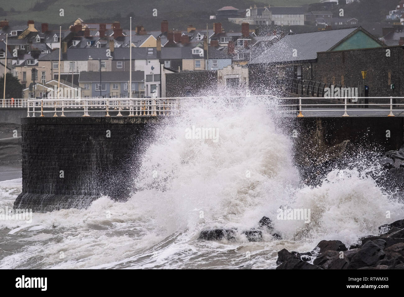 Aberystwyth Wales UK  Sunday 03 March 2019  UK Weather:  The leading edge of Storm Freya, the latest named storm to hit the UK, strikes  Aberystwyth on Sunday morning. The Met Office has issued a yellow warning for much of the western parts of the UK, with gusts of  wind between 60 and 70mph forecast for exposed Irish Sea coasts later in the day and overnight, with the risk of damage to property and injuries to people from flying debris.   Photo credit: Keith Morris / Alamy Live News Stock Photo