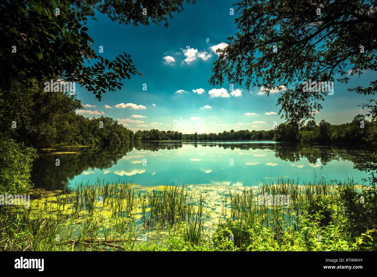 Lake at Paxton pits - Stock Image