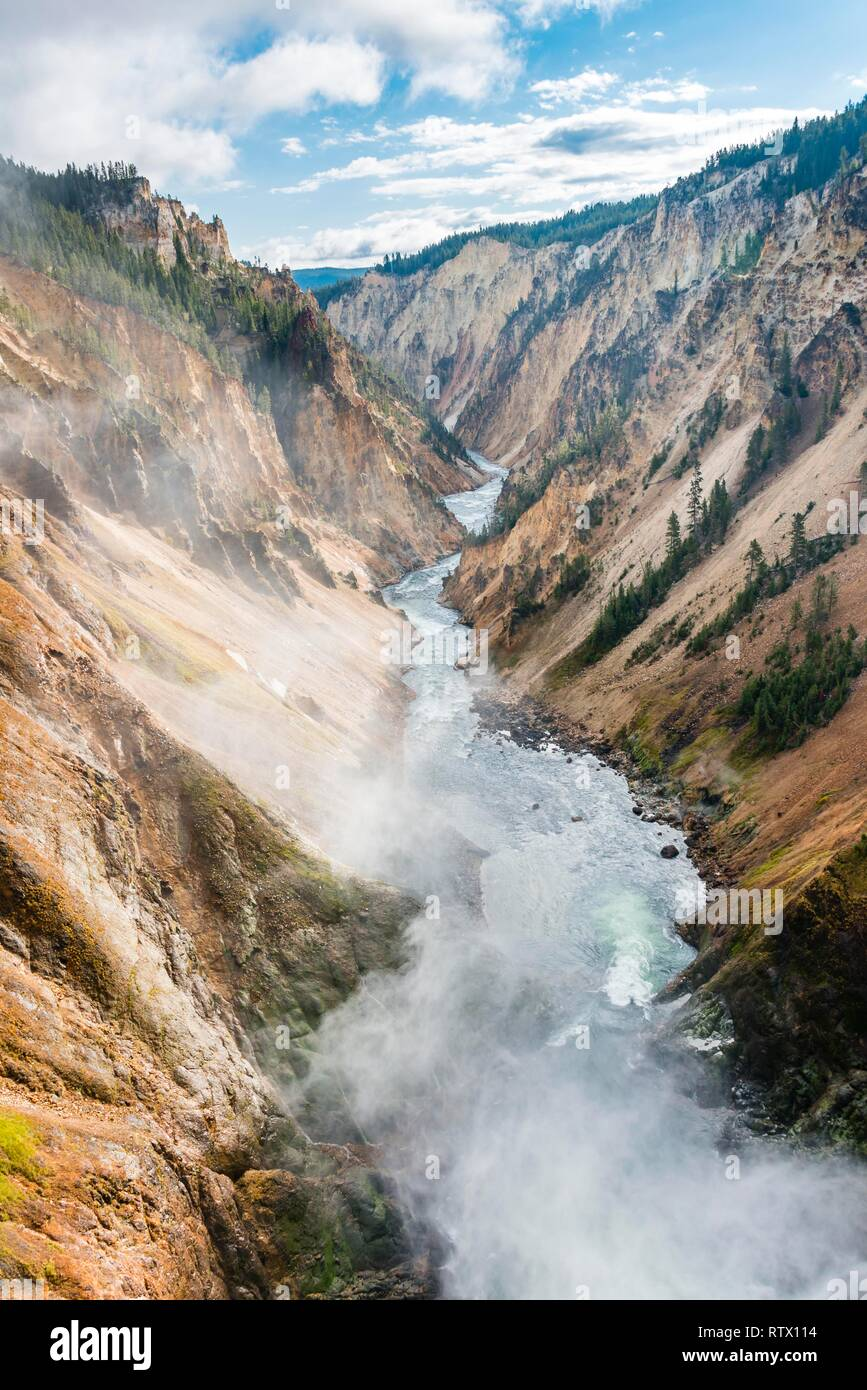 Grand River Flow >> Yellowstone River Flows Through Gorge Grand Canyon Of The