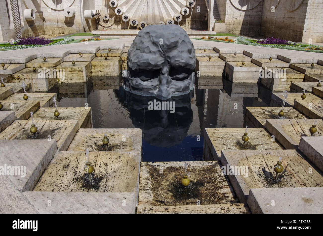 Yerevan, Armenia -07.15.2016: Fountain complex 'The Great Cascade'. Sculpture by David Breuer Vale - 'Visitor' - Stock Image