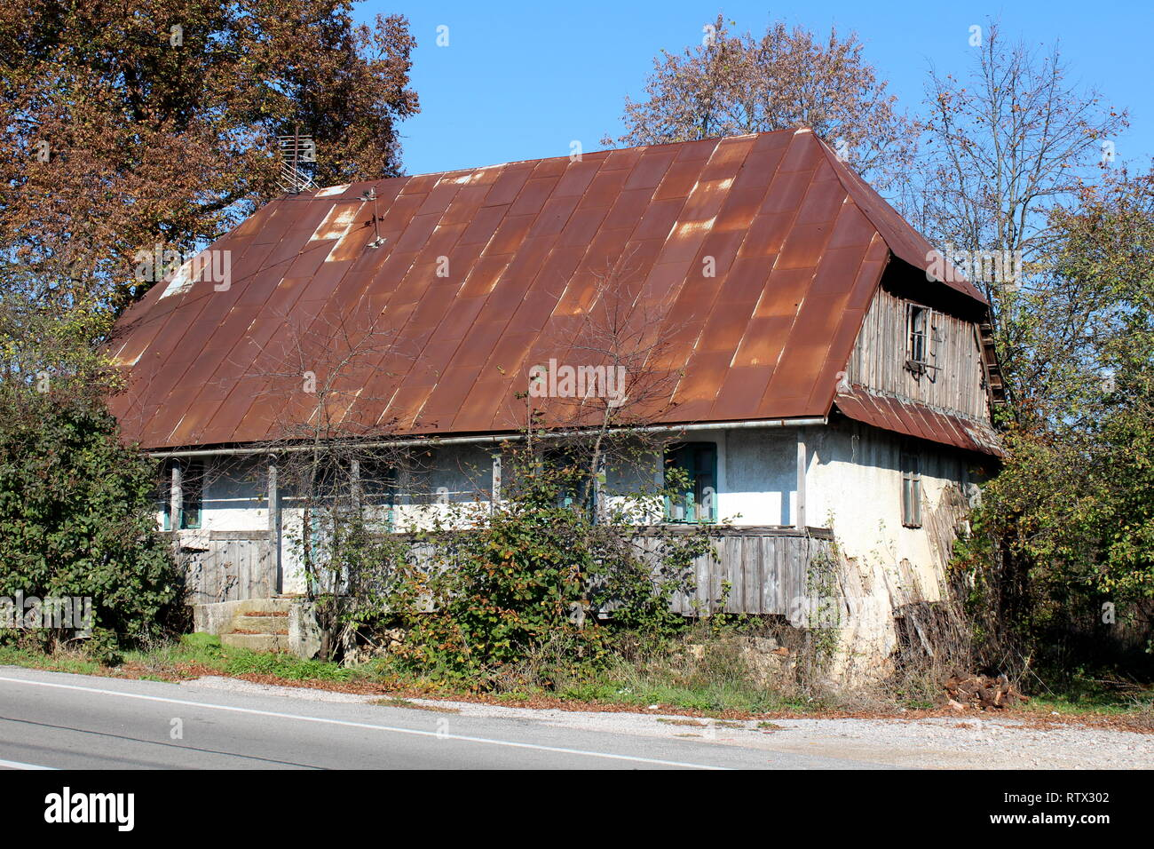 Rusted Roof Stock Photos Amp Rusted Roof Stock Images Alamy