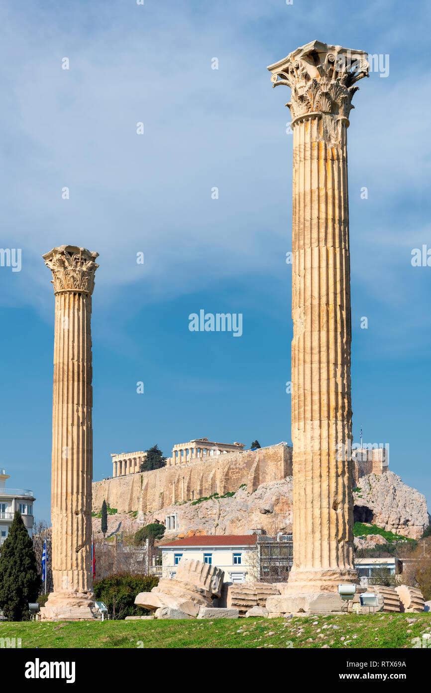 Olympian Zeus columns and the Acropolis, Athens Greece - Stock Image
