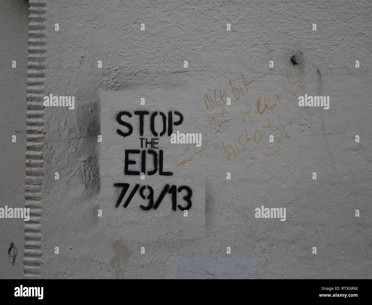 Stop the EDL graffiti on a wall in Aldgate, near Whitechapel in the East End of London referring to a controversial march by EDL in September 2013 - Stock Image
