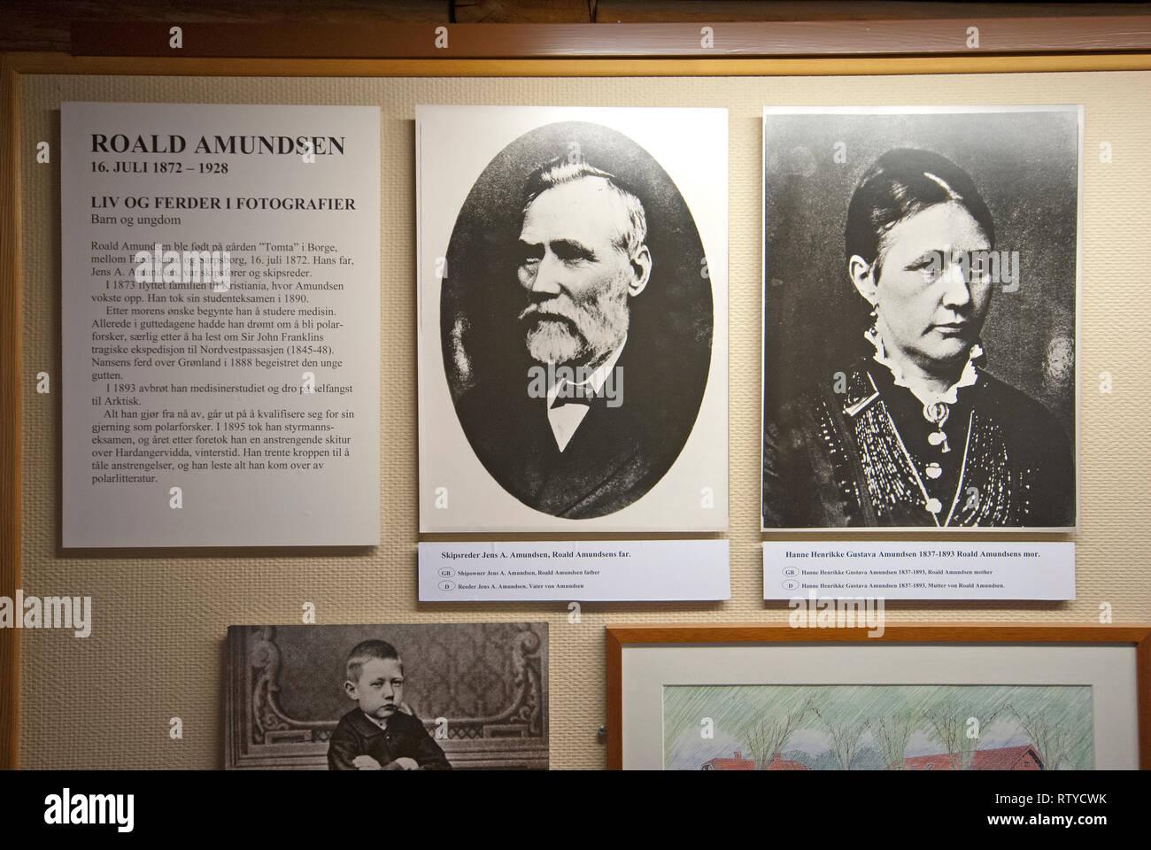 Old b/w photograph of the parents of norwegian explorer Roald Amundsen (1872-1928), Polar Museum (Polarmuseet) in Tromso, Troms County, Norway - Stock Image