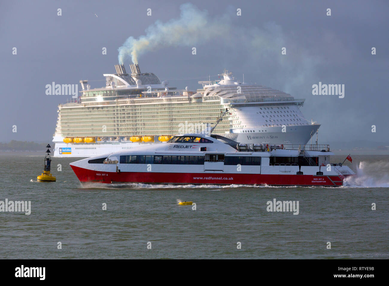 Pollution,Luxury,travel, luxurious, wedding, honeymoon, suite, cabin, Harmony of the Sea,cruise,liner,leaving,Southampton,Cowes,Isle of Wight England - Stock Image