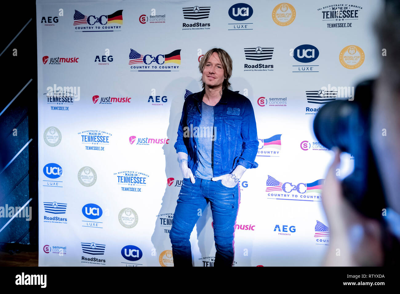 Berlin, Germany. 03rd Mar, 2019. Keith Urban, singer, is at the C2C: Country to Country Festival in Berlin at a press conference in front of a photo wall. Credit: Christoph Soeder/dpa/Alamy Live News - Stock Image