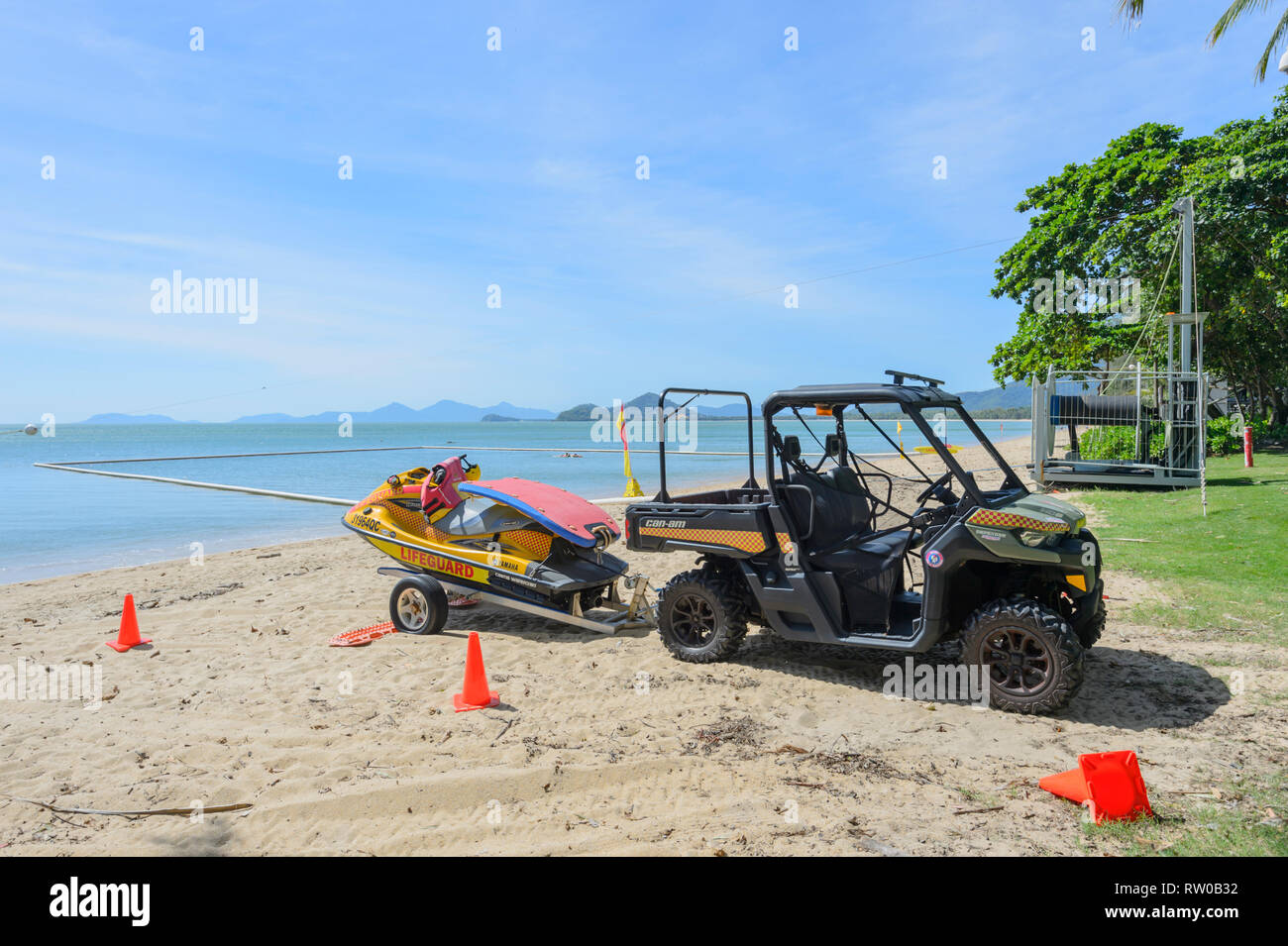 21d6afe02ff3 Lifeguard Buggy Stock Photos   Lifeguard Buggy Stock Images - Alamy