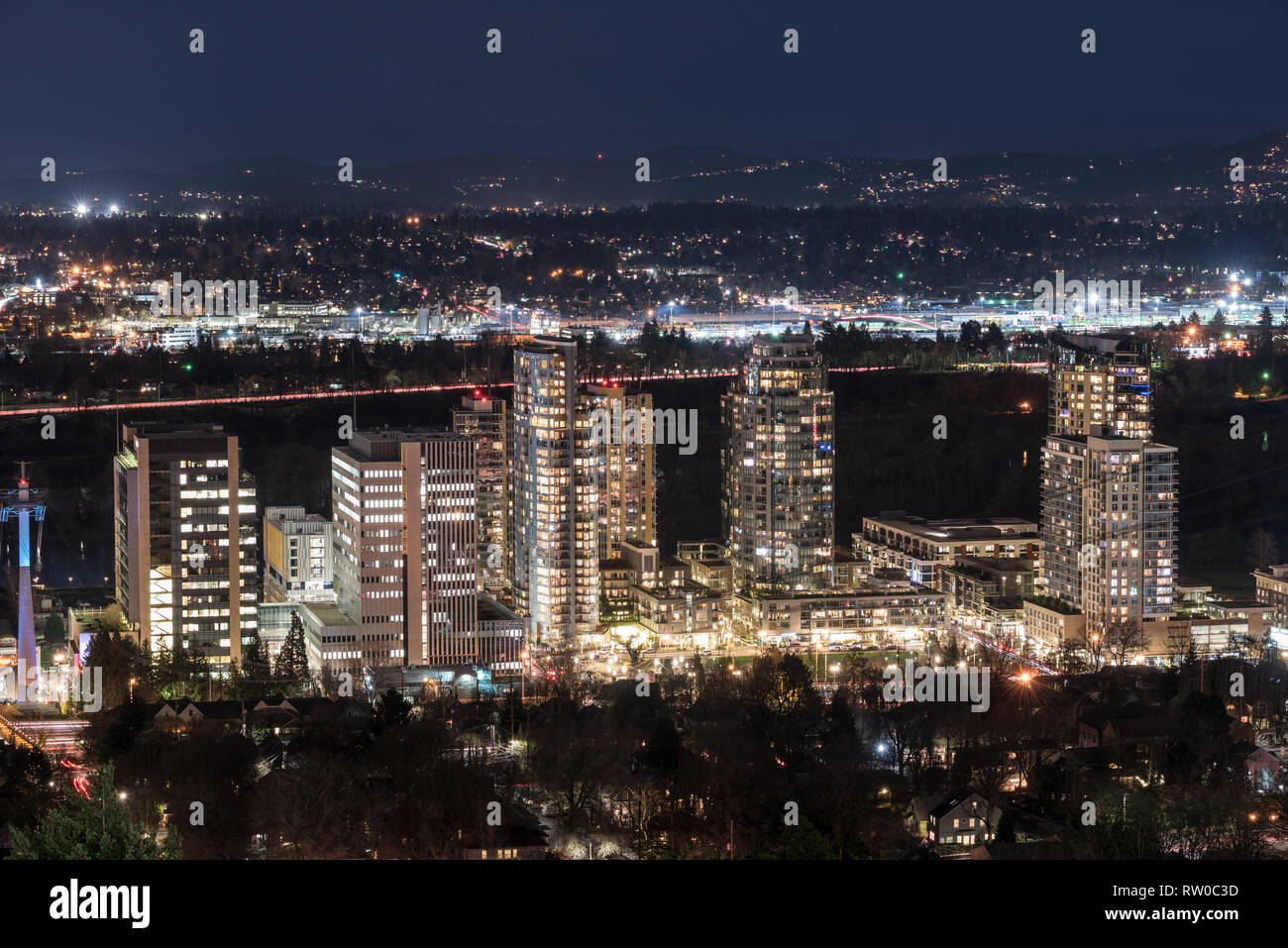 Portland Oregon's South Waterfront district at night. - Stock Image