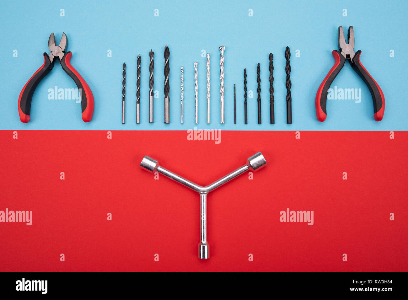 Different construction kit are hanging on background - Stock Image