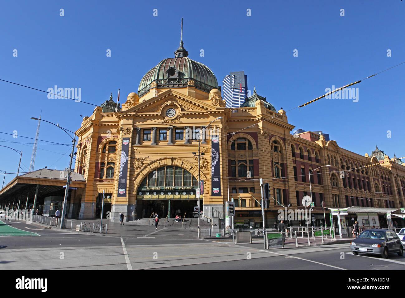 Visit Australia.  Scenics and views of Australia.  Flinders Street Station. Melbourne, Victoria. Australia Stock Photo