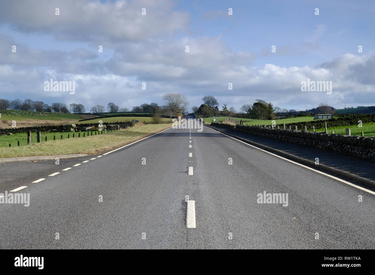 A5 Holyhead Road in North Wales near Cernioge - Stock Image