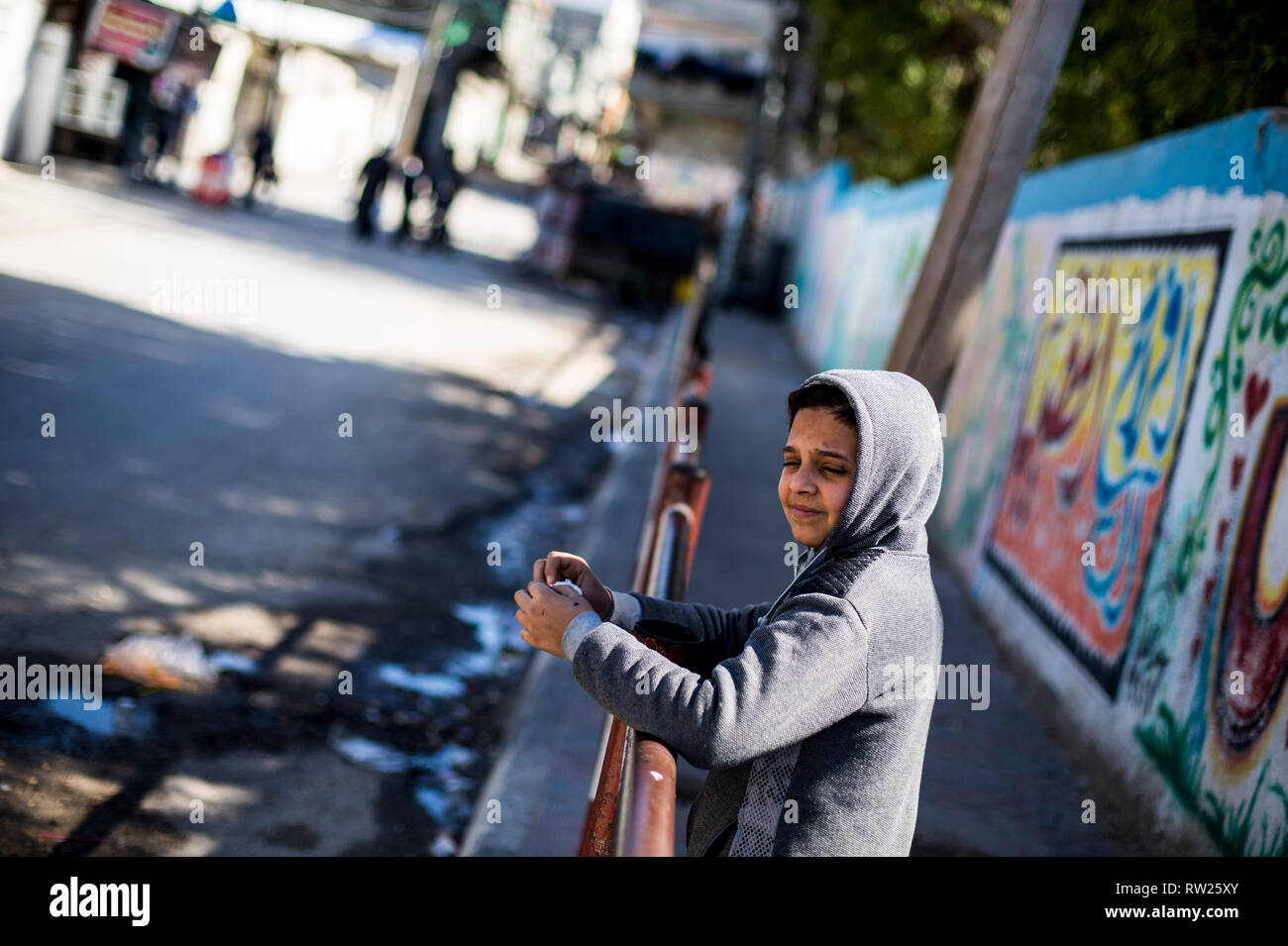 Gaza, Palestine. 4th Mar 2019. A Palestinian child seen standing near their house at the Jabalya refugee camp in the northern Gaza Strip. With high rates of unemployment and lack of job opportunities in Gaza, an increasing number of families are facing poverty after losing work during the last 12-year blockade on Gaza. Credit: SOPA Images Limited/Alamy Live News Stock Photo