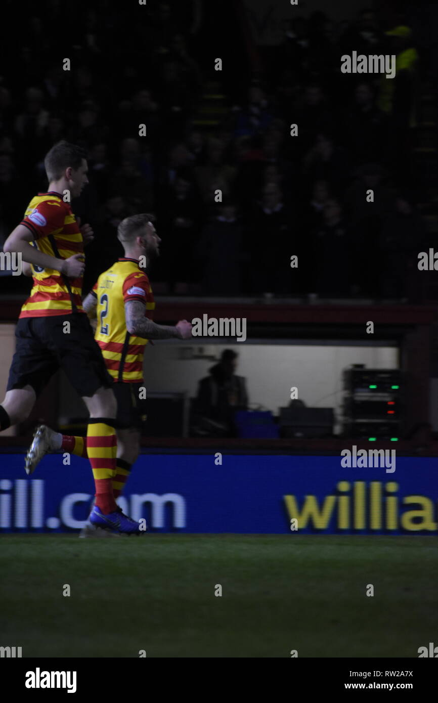 firhill, Maryhill, Glasgow, Scotland 4th march 2019 partick thistle take up postion as the first half gets underway credit: Thomas Porter/Alamy News - Stock Image