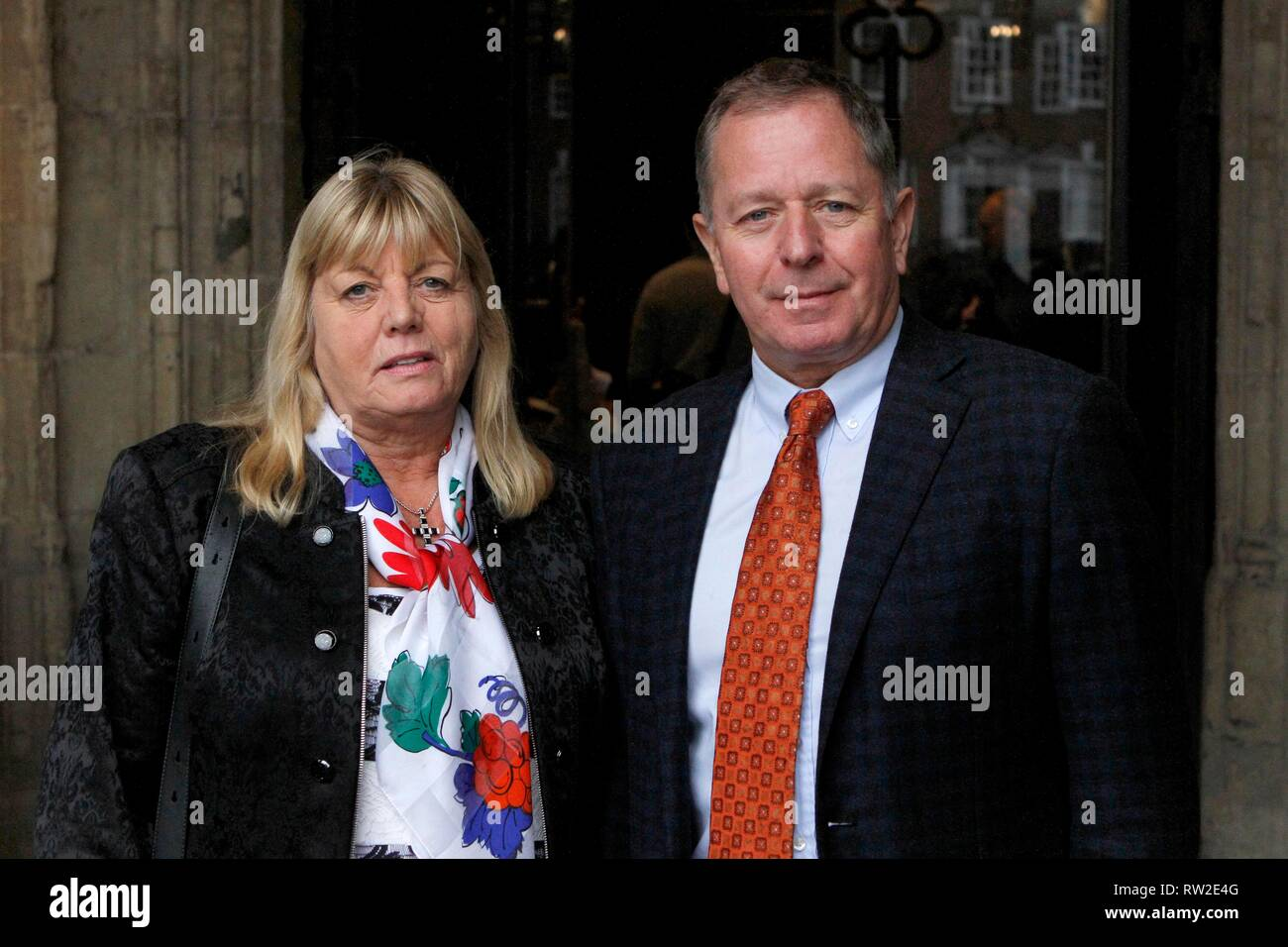Liz and Martin Brundle, the former Formula One racing driver and SkyF1 commentator. The memorial service at Gloucester Cathedral for Christine Mills M - Stock Image