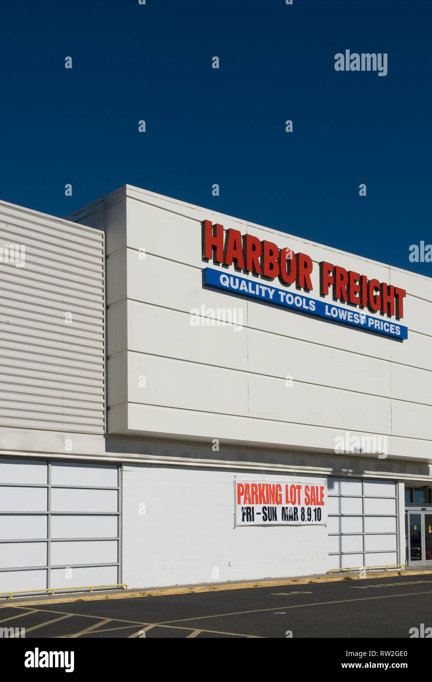 Harbor Freight Tools Stock Photos & Harbor Freight Tools