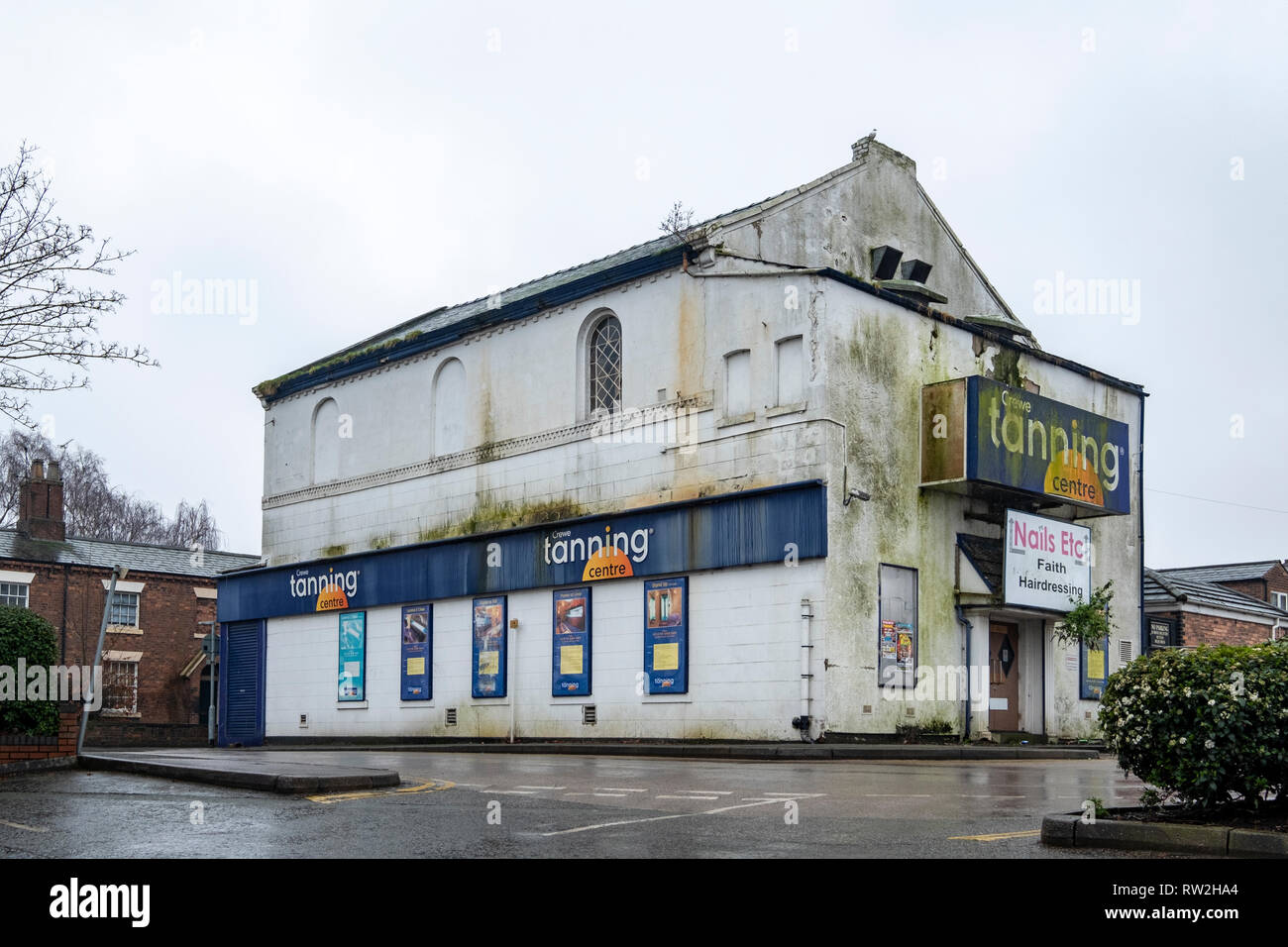 Crewe Tanning Centre, former, in Victoria Street Crewe Cheshire UK - Stock Image