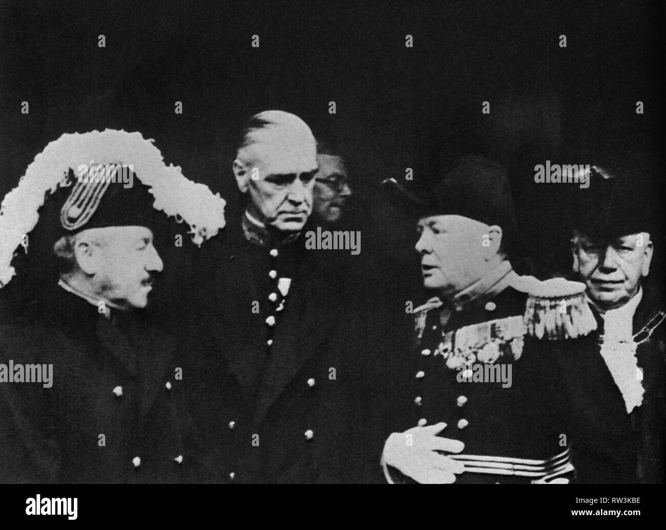 Winston Churchill  with a group of  Privy Councillors in a photograph taken on the day of accession of Edward Vlll,  20th January 1936 - Stock Image