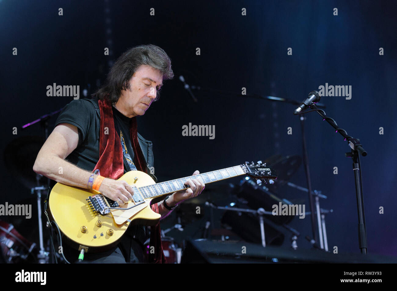 Steve Hackett performing at Fairport's Cropredy Convention, August 7, 2014, 2014 - Stock Image