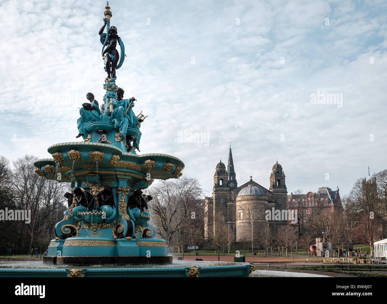 The famous Ross Fountain landmark in Princes Street gardens in Edinburgh city centre, Scotland Stock Photo