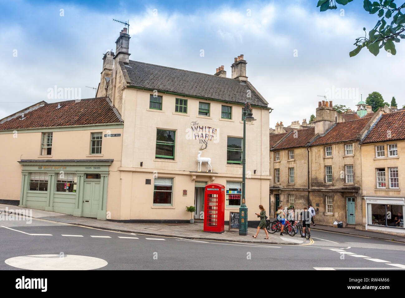 The White Hart Inn in at the bottom of Widcombe Hill in Bath, N.E. Somerset, England, UK - Stock Image