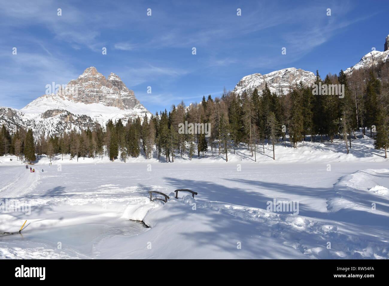 Italien, Dolomiten, Drei Zinnen, Monte Piano, Zinnen, Winter, Fels, Eis, Schnee, See, Monte Cristallo, Cima Cadin di San Lucano, 3 Cime, 3 Cime di Lav - Stock Image