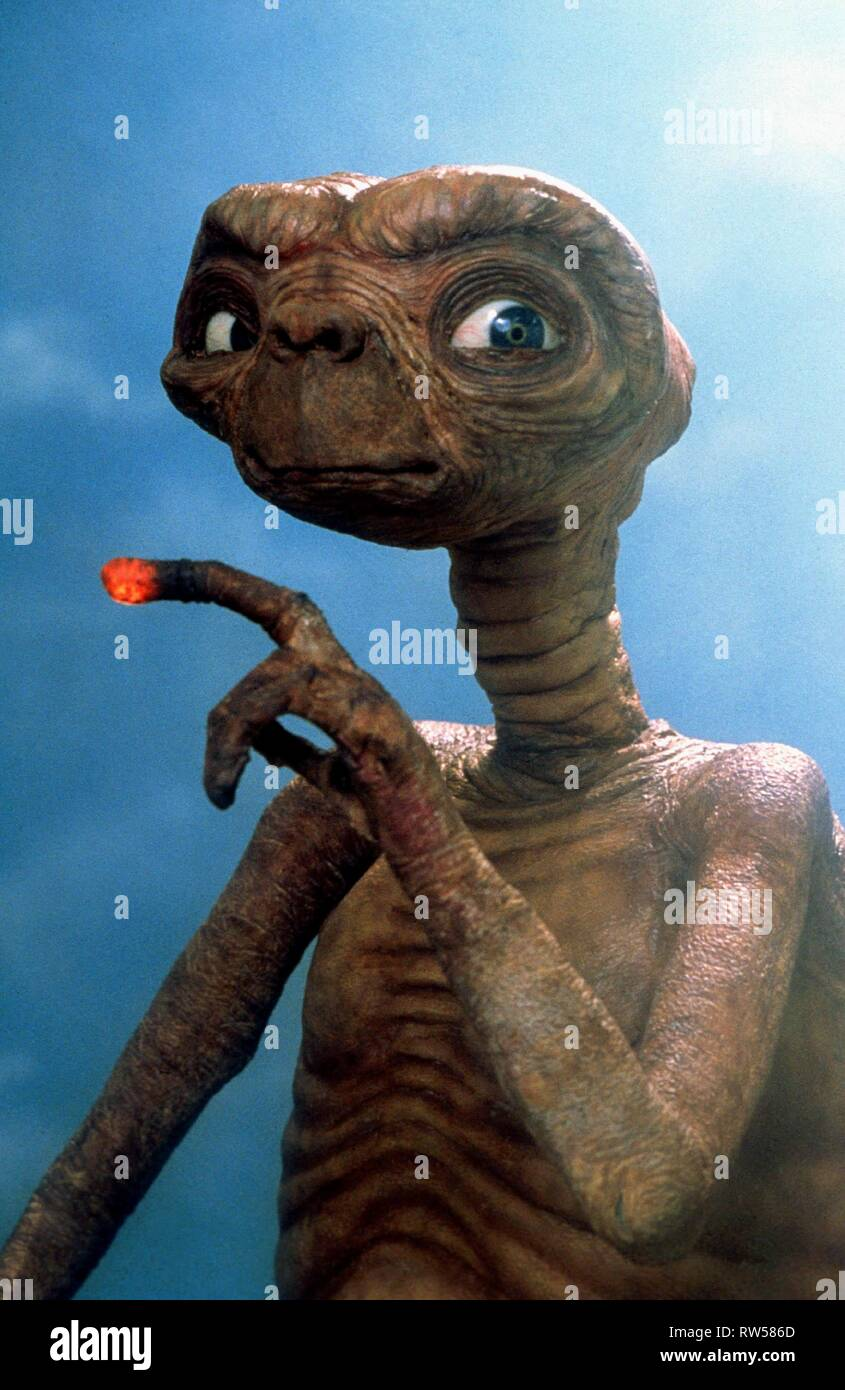 THE ALIEN, E.T. THE EXTRA-TERRESTRIAL, 1982 Stock Photo ...