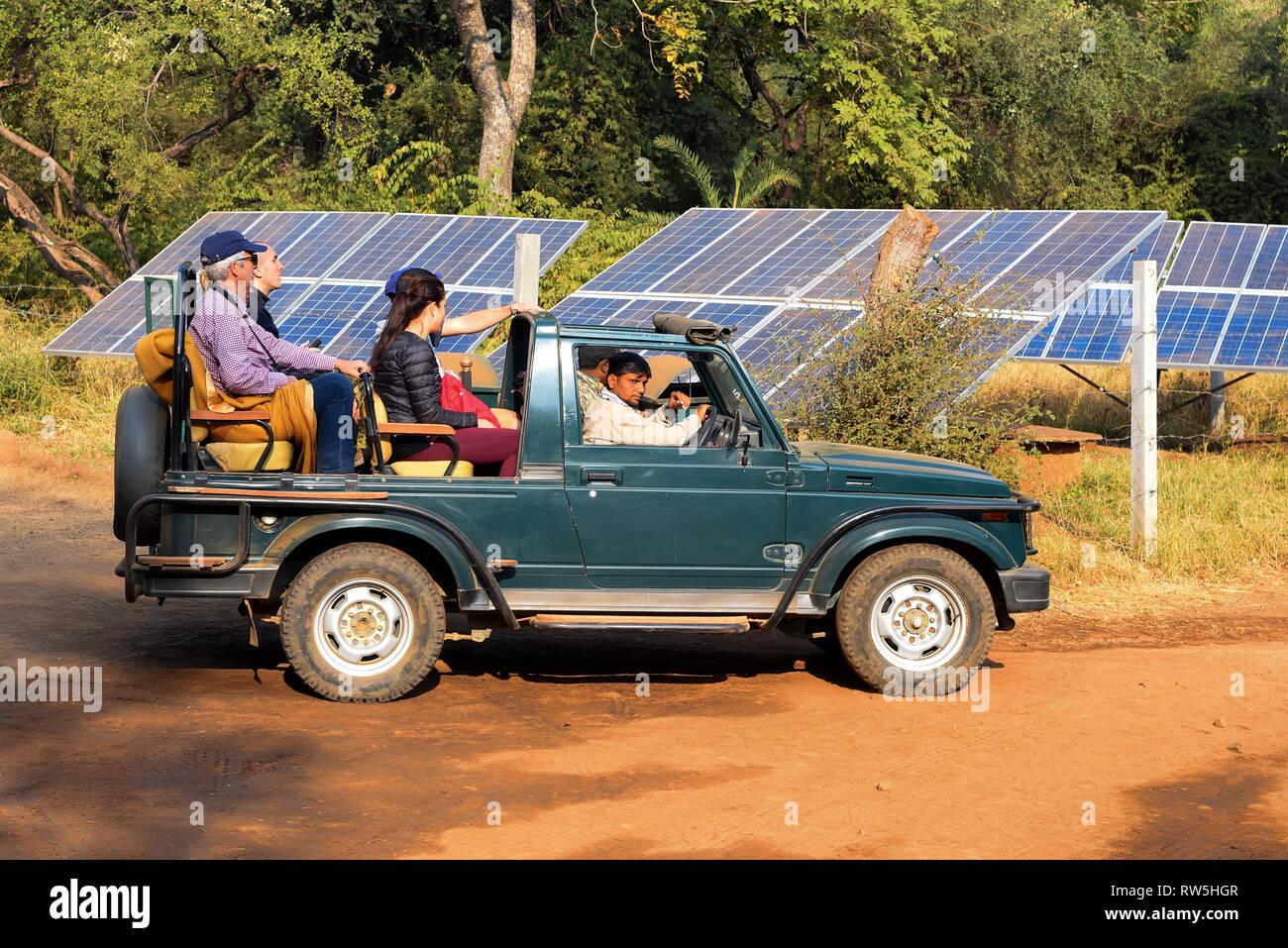 JAIPUR, INDIA - 9 NOVEMBER 2017: Tourists sit in safari truck in Ranthambore - Stock Image