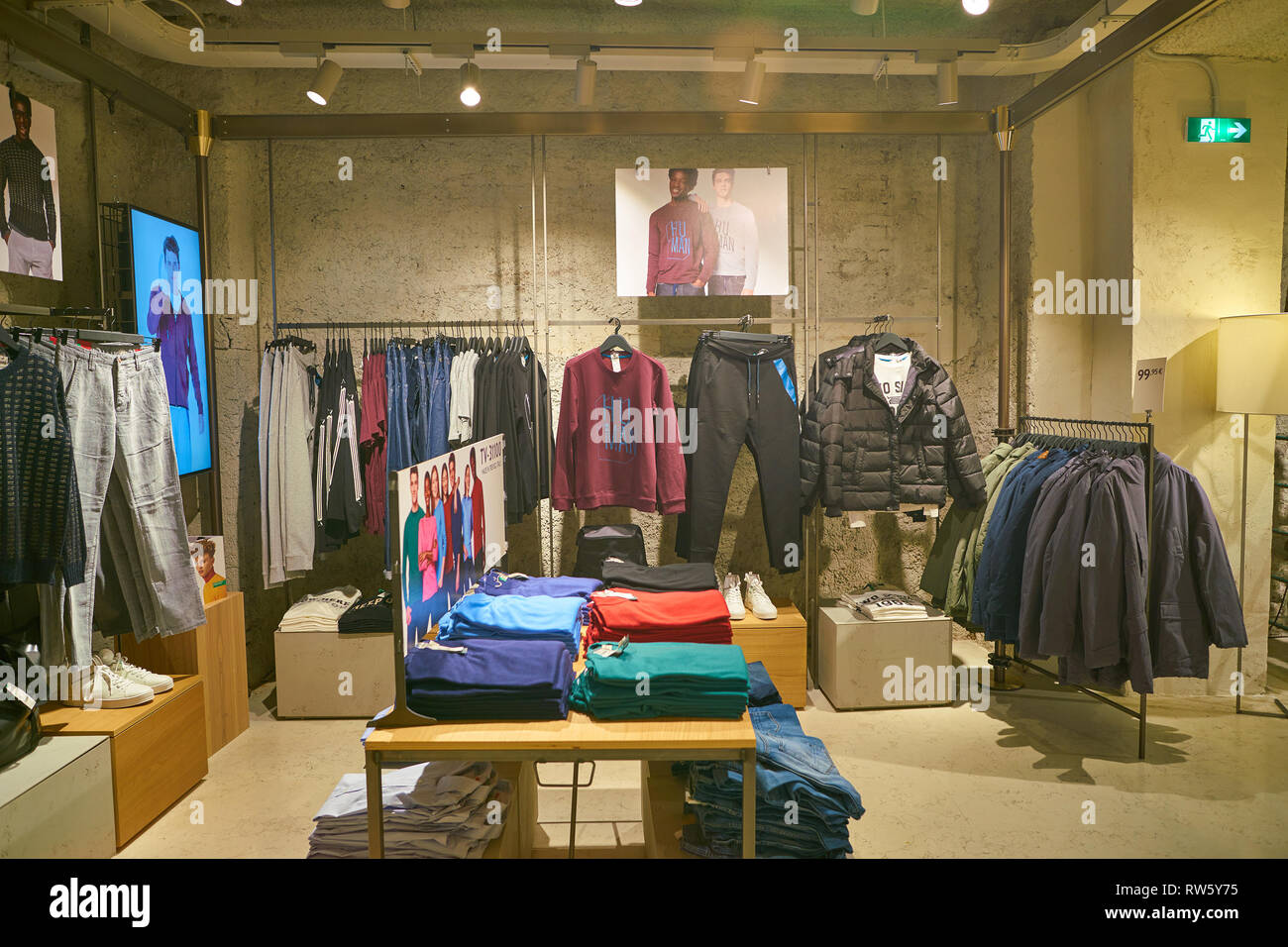 ROME, ITALY - CIRCA NOVEMBER, 2017: interior shot of United Colors of Benetton store in Rome. - Stock Image