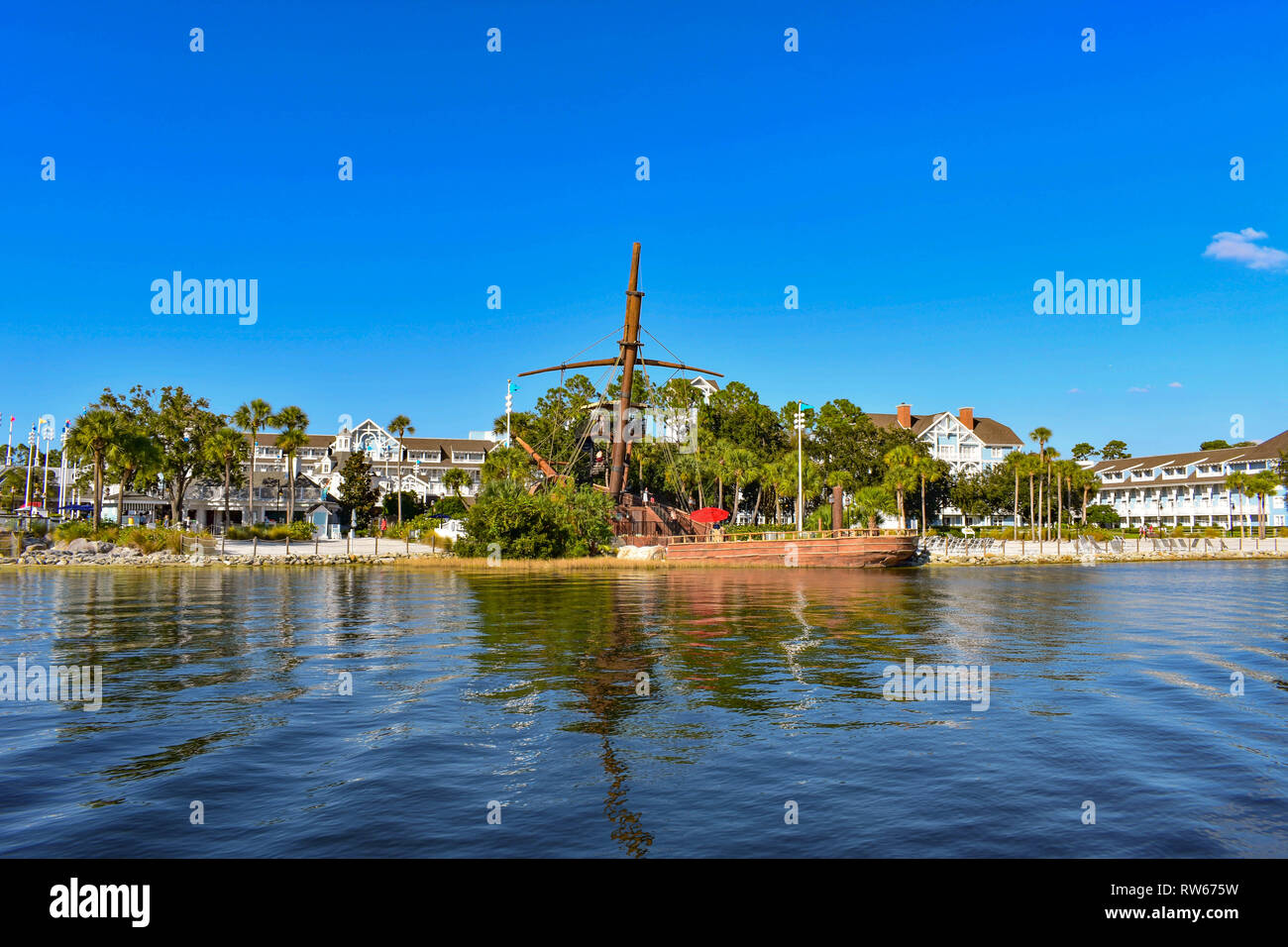 Pirate Shop Stock Photos & Pirate Shop Stock Images - Page 3 - Alamy