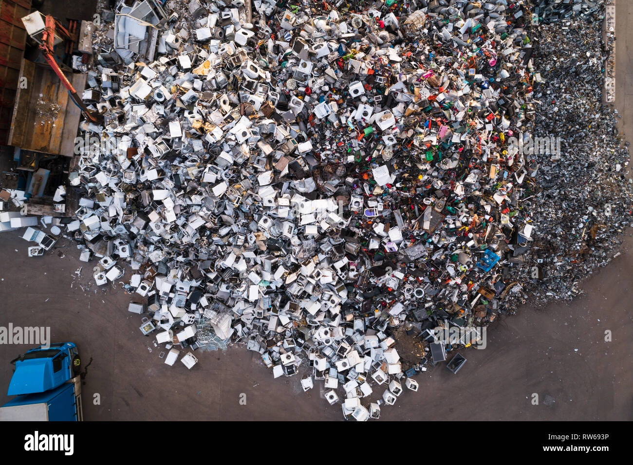 Aerial image looking directly down on a scrap yard in Perth, Perthshire, Scotland. - Stock Image