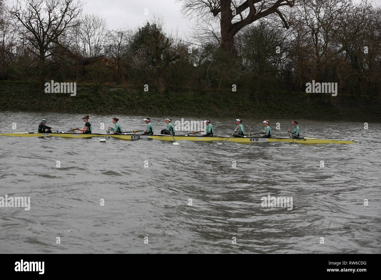 Boat Race Putney London CUWBC vs Oxford March 2019 - Stock Image