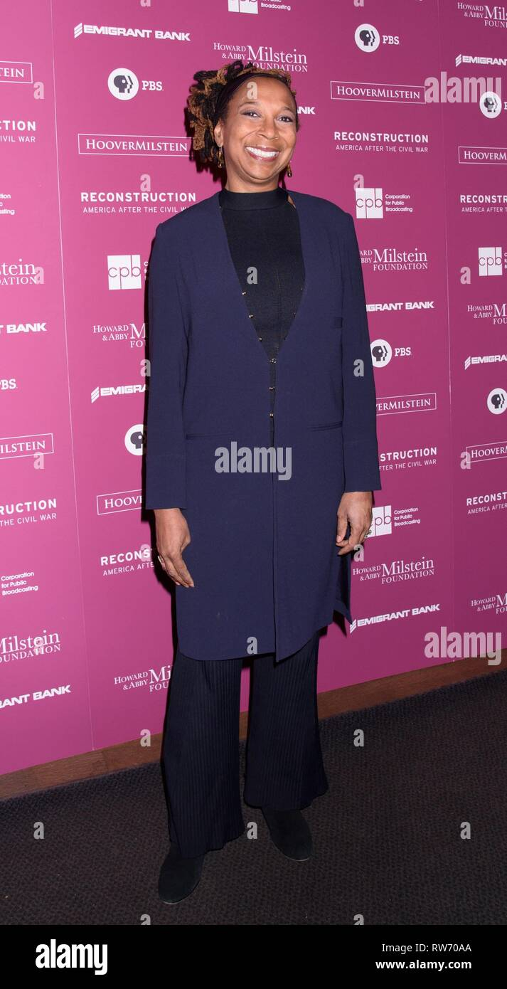New York, NY, USA. 4th Mar, 2019. Kimberle Crenshaw at arrivals for RECONSTRUCTION: AMERICA AFTER THE CIVIL WAR Series Premiere on PBS, New-York Historical Society, New York, NY March 4, 2019. Credit: RCF/Everett Collection/Alamy Live News - Stock Image