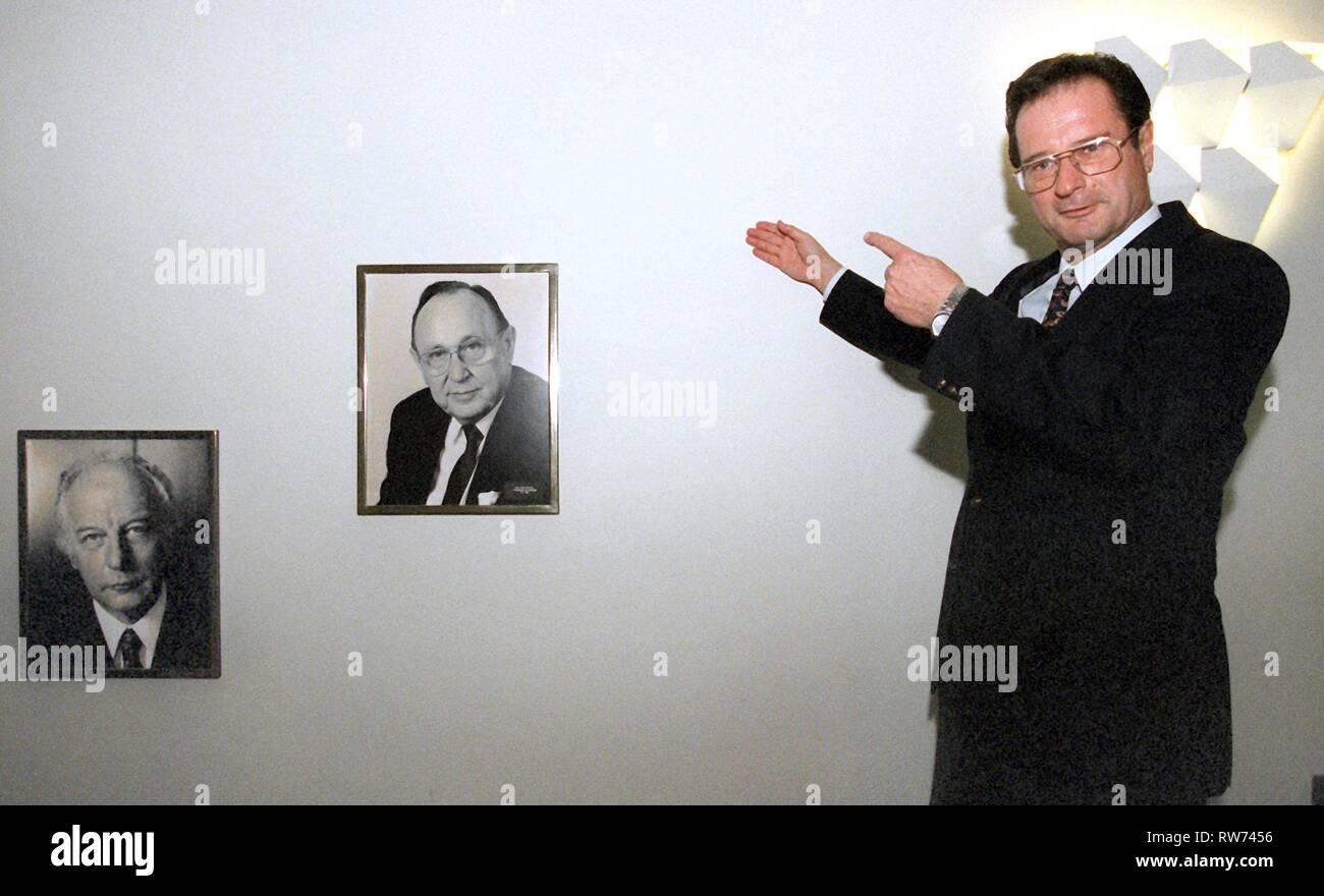 Klaus Kinkel Stock Photos & Klaus Kinkel Stock Images - Alamy