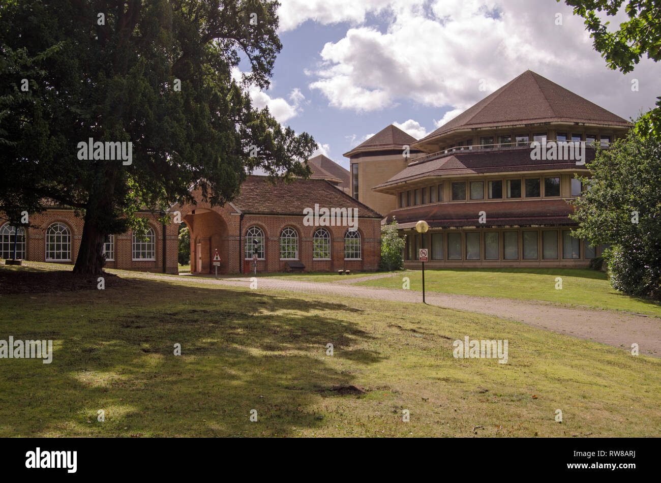 Abandoned offices at the historic Aldermaston Park in Berkshire.  There are controversial proposals to demolish the offices to make space for housing. - Stock Image