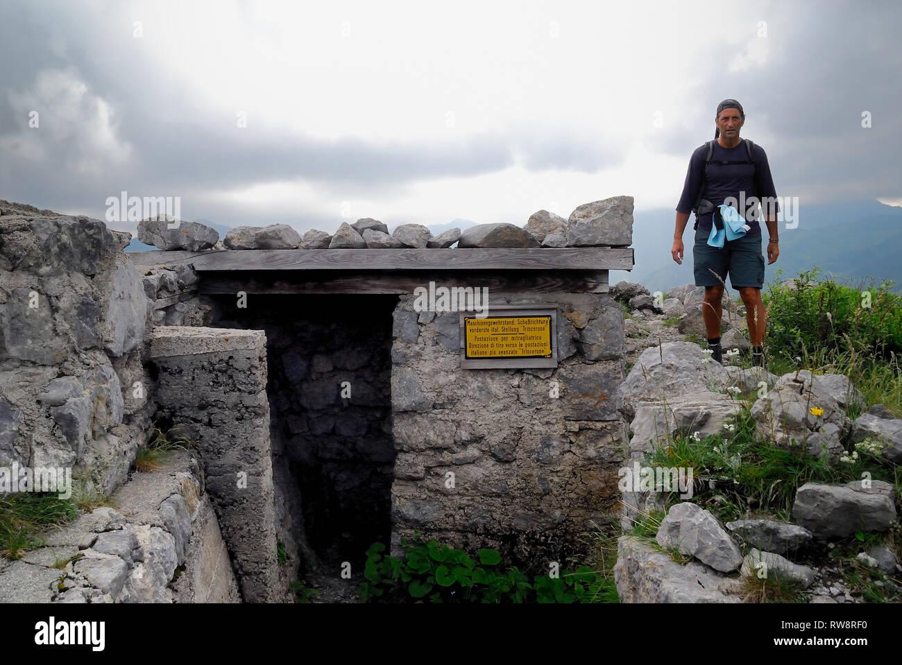 Kleiner Pal (Italian : Pal Piccolo), Carnic Alps. WWI, Austro-Hungarian machine gun post. - Stock Image