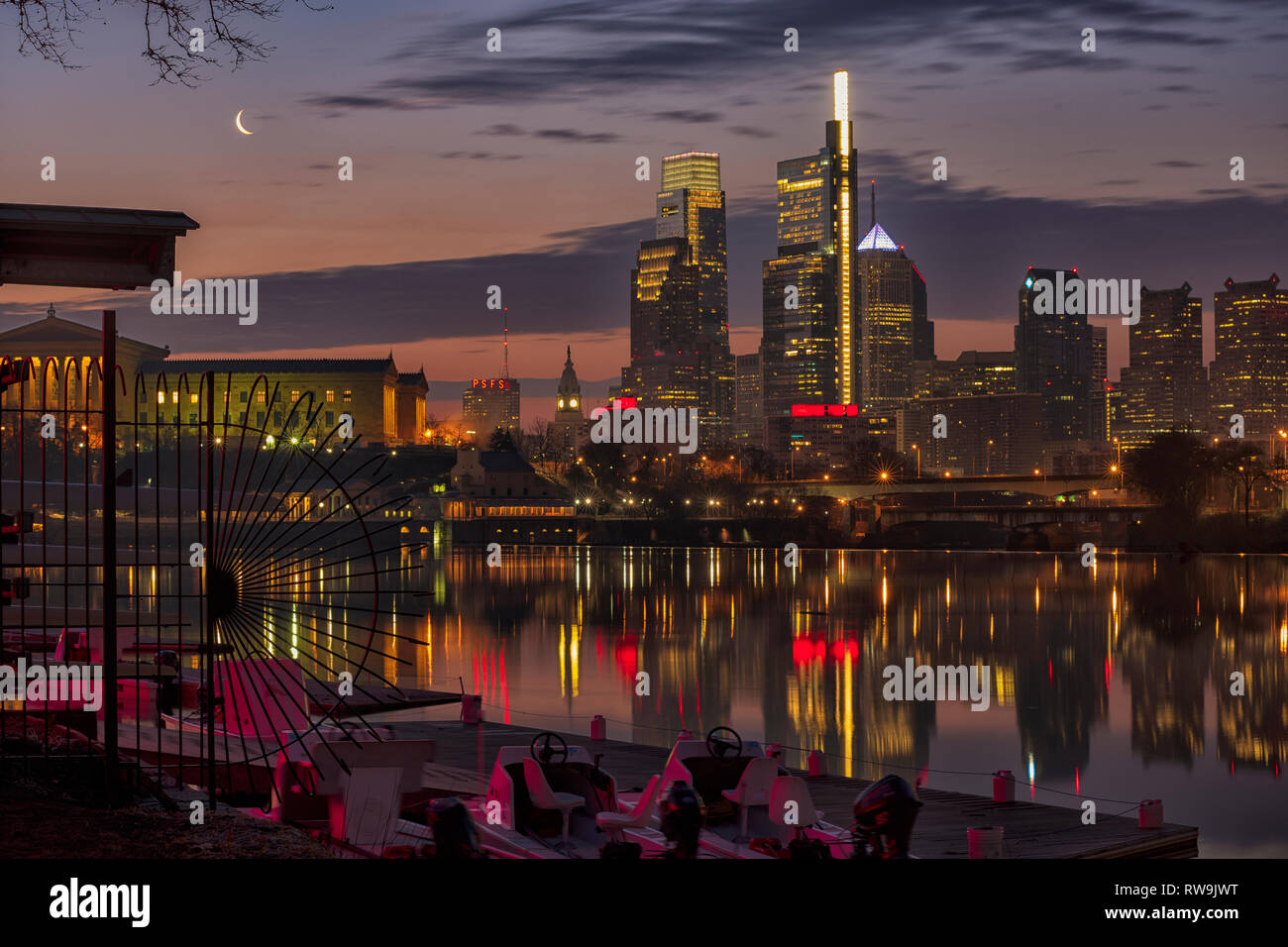 Philadelphia, Pennsylvania, The City of Brotherly Love, photographed from Boathouse Row along the Schuylkill River at sunrise. - Stock Image
