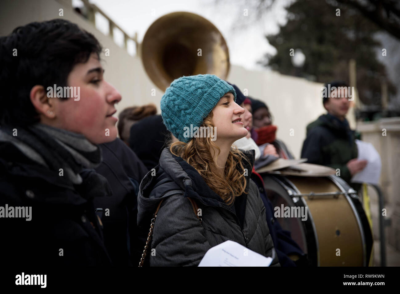 Washington, DC. USA. 12.10.18- Hundreds of young people occupy Representative offices to pressure the new Congress to support a committee for a Green New Deal. Stock Photo
