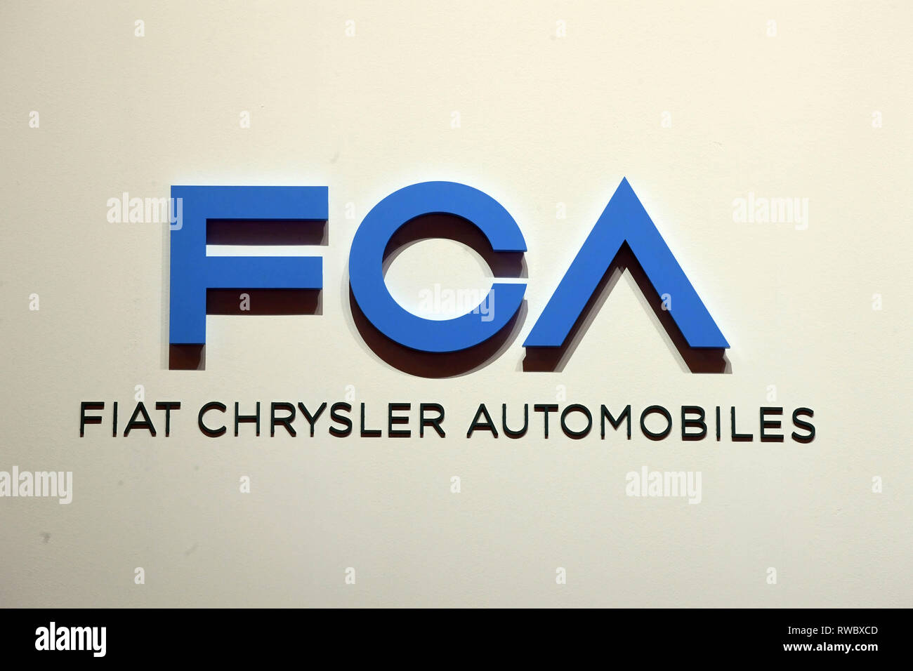 Genf, Switzerland. 05th Mar, 2019. A logo of Fiat Chrysler Automobiles (FCA), taken at the Geneva Motor Show on the first press day. The 89th Geneva Motor Show starts on 7 March and lasts until 17 March. Credit: Uli Deck/dpa/Alamy Live News Stock Photo