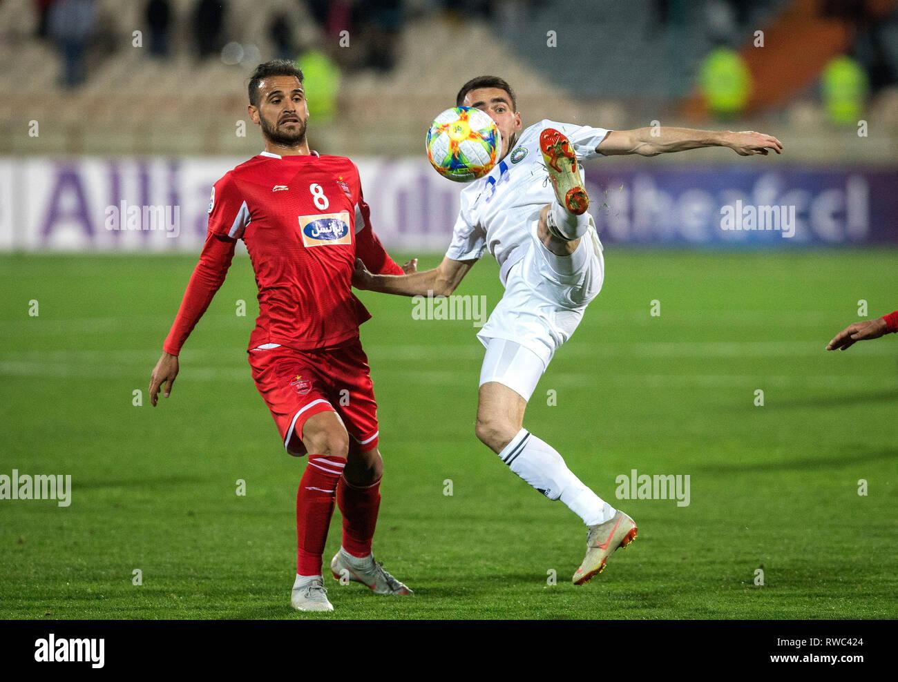 Tehran Iran 5th Mar 2019 Ahmad Noorollahi L Of Persepolis Vies With Farrukh Sayfiev Of Pakhtakor