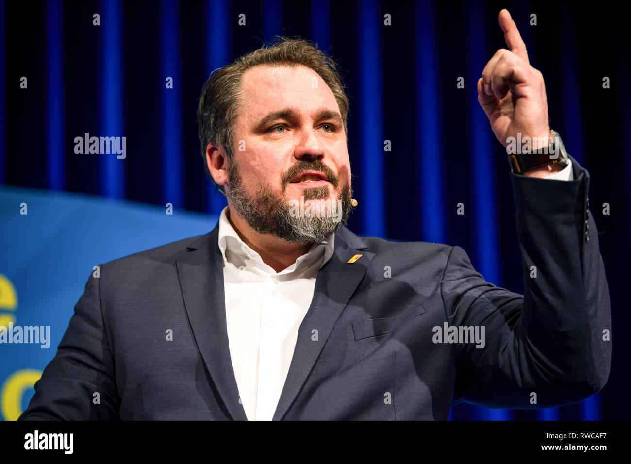 06 March 2019, Bavaria, Dingolfing: Daniel Föst, FDP Member of Parliament, speaks at the FDP Political Ash Wednesday. Photo: Sina Schuldt/dpa Stock Photo