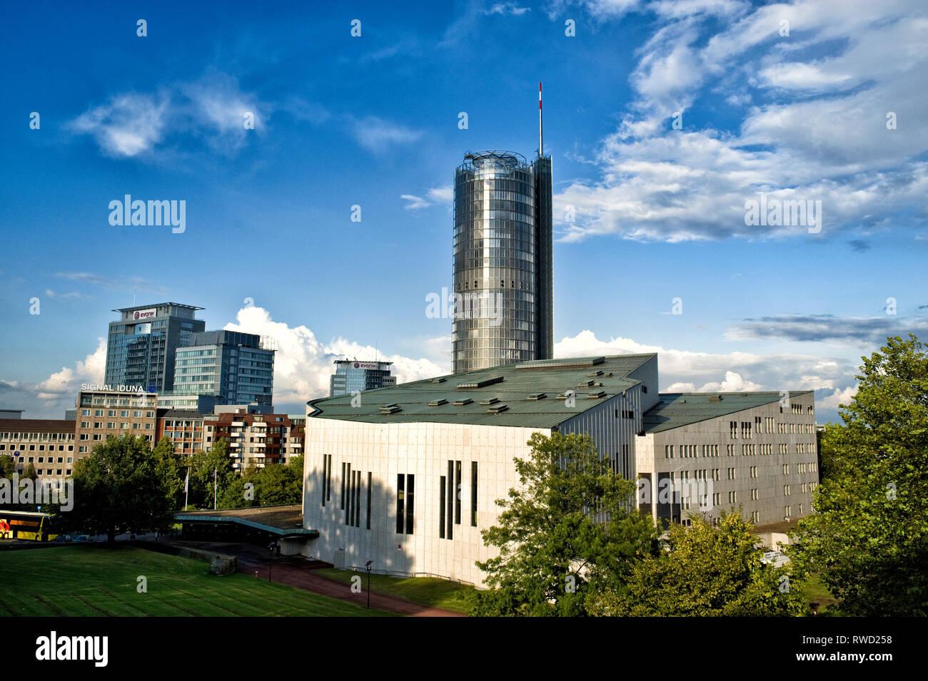Kultur und Industrie. Das Essen, das Ruhrgebiet    (c) Dirk A. Friedrich - Stock Image